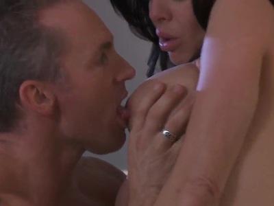 Big tit brunette Veronica Avluv gets her snatch tongue fucked