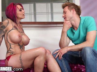 Anna Bell Peaks exchanges squirts for cum