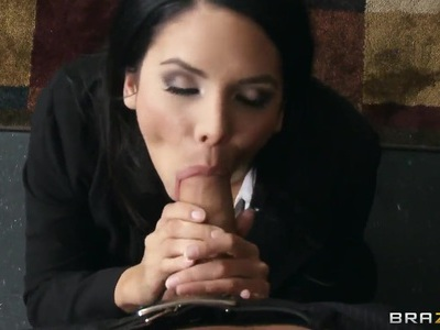 Hot brunette Missy Martinez shows for us a real action
