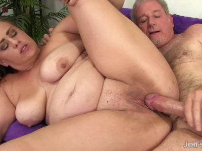 Chubby Babe Randi Paige Takes a Fat Dick in Her Mouth and Cunt