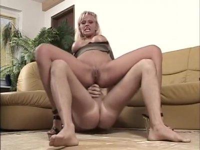 Vivian Schmitt Anal