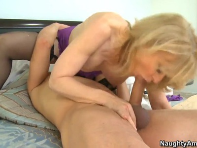 Blonde slut Nina Hartley loving it as she gets her ass licked