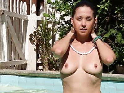 Babe in monofins swimming for some cash