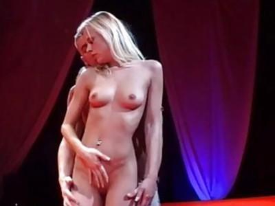 best porn on public show stages