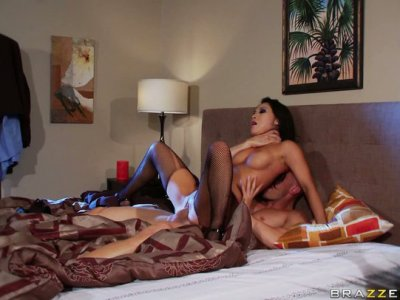 Super hot porn actress Asa Akira is showing her incredible abilities to please a cock