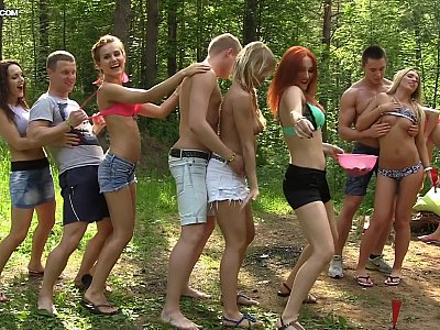 Dirty-minded babes enjoy champagne and college DP, part 1