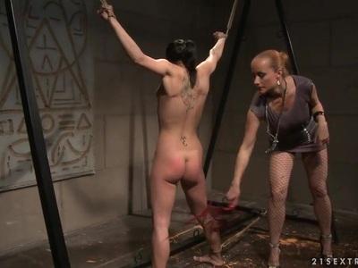 Katy Borman hot babe got tied with a horny slut