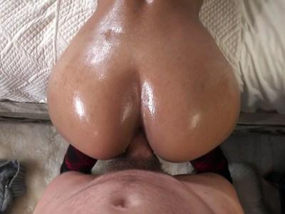 Demi Lopez creampied during sex