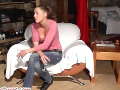 Amateur chick shows pussy and boobies at the CASTING
