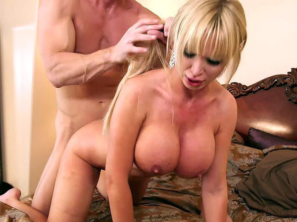 We provide cougar w floppy tits doggy free
