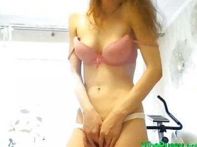 You Made Perfect Body Chick Shaking to VIBEPUSSY Ohmibod Toy